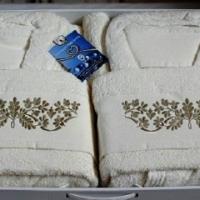 Комплект халатов для ванной Маркат