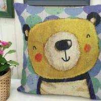 Декоративная наволочка с подушкой Дружок