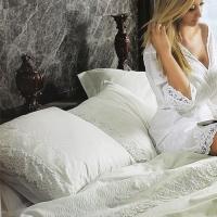 Белое элитное постельное белье с кружевом  Клара