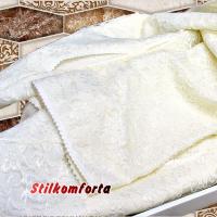 Женский халат кружевной с капюшоном Пумо